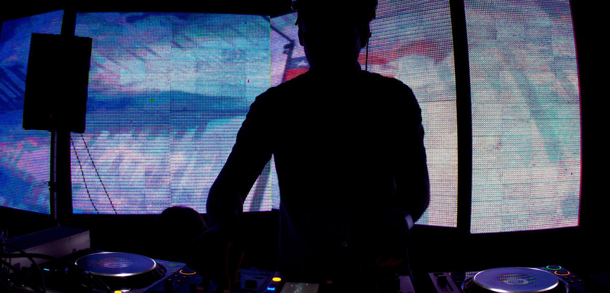 Aldo Cadiz - Glitches (Detlef Remix) hero