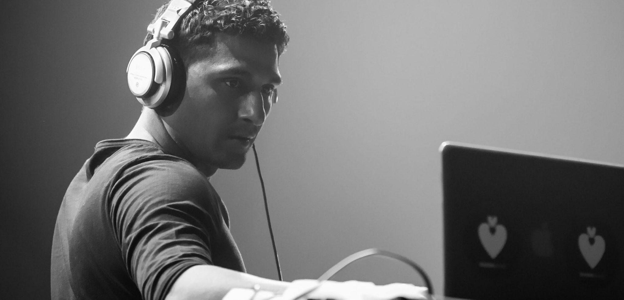 Shlomi Aber Live Ibiza Essential Mix 2014 hero