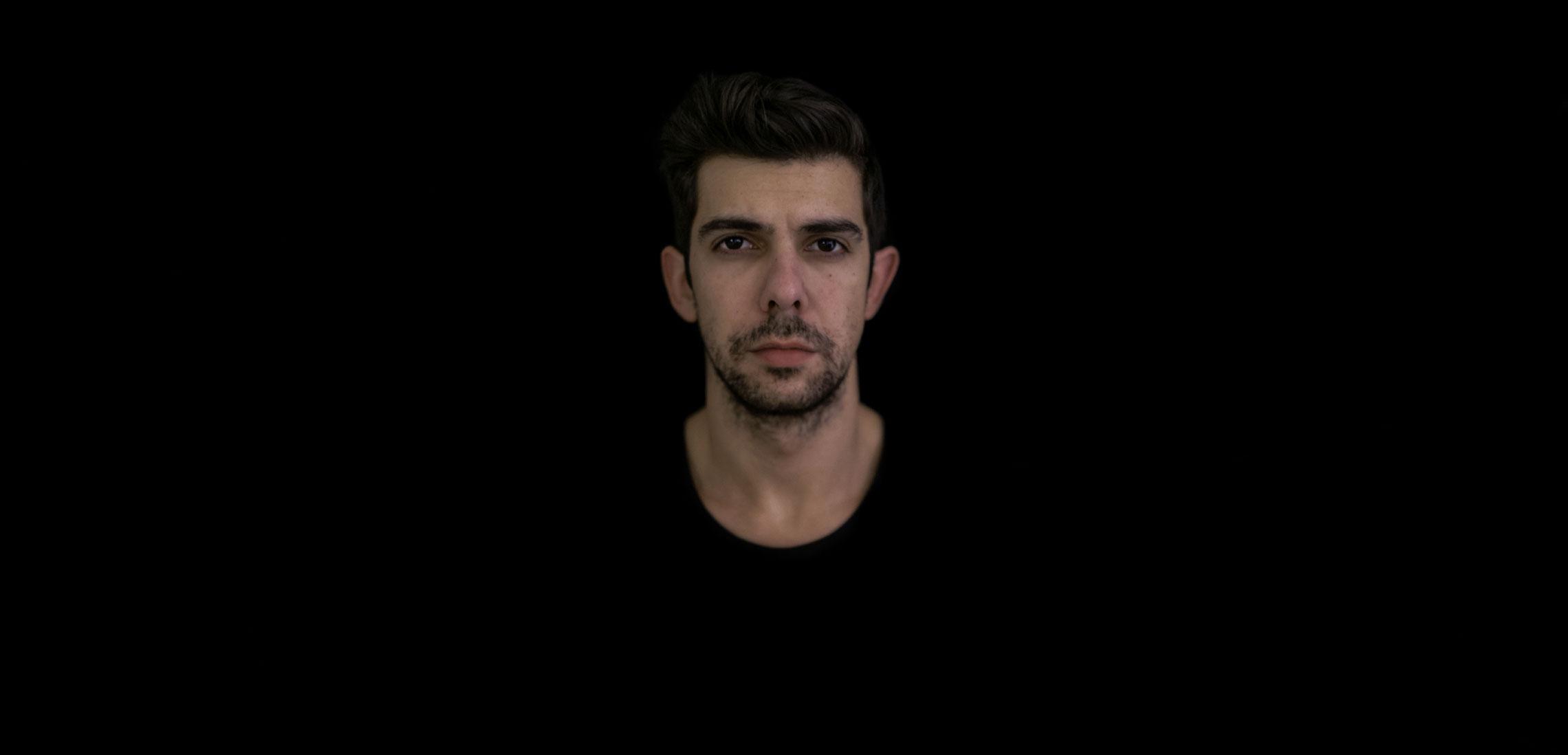 Alex Dimou - Tot hero